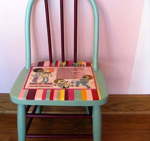 Hug o war Mod Podge chair