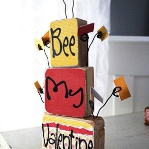 DIY valentine love notes display