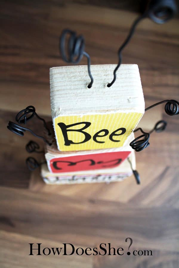 http://2.bp.blogspot.com/-j9A-4AfhXvw/T6WSzovfKRI/AAAAAAAAIJs/_LqbaF8BZMA/s1600/bee-valentine-6.jpg