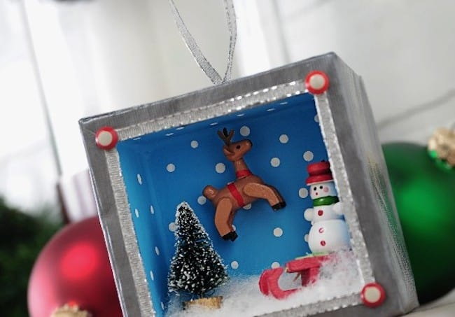 Make a shadowbox Christmas ornament