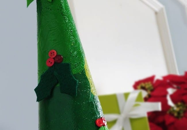 DIY Christmas doily tree