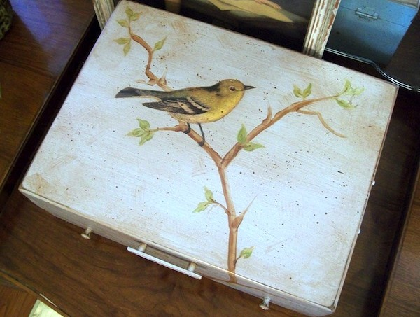 Decoupage bird box