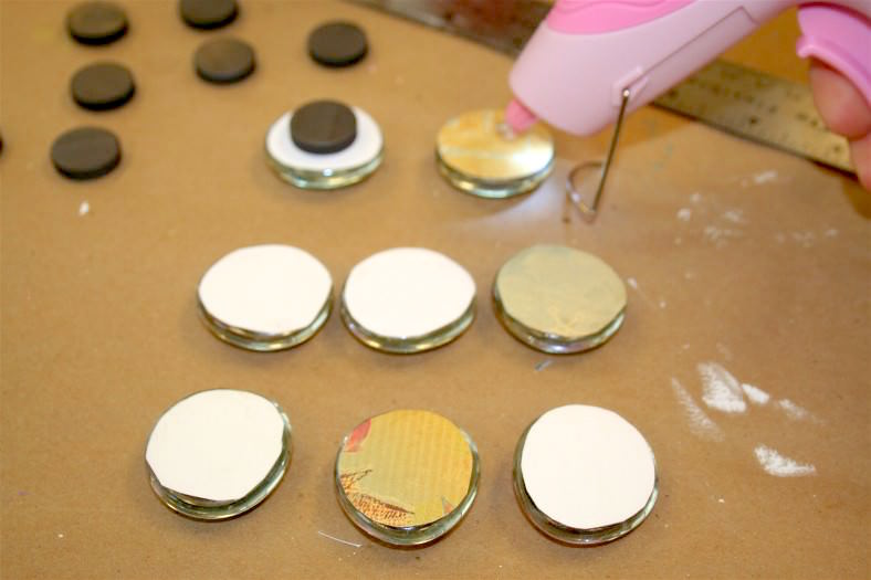 Make DIY photo magnets with Mod Podge and glass marbles