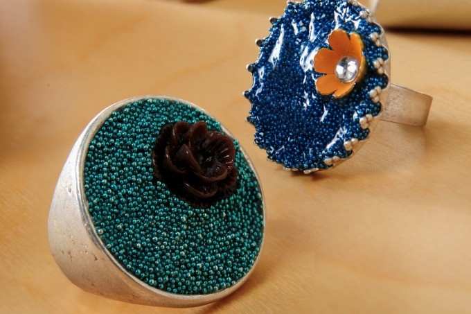 Dimensional Magic microbead ring craft