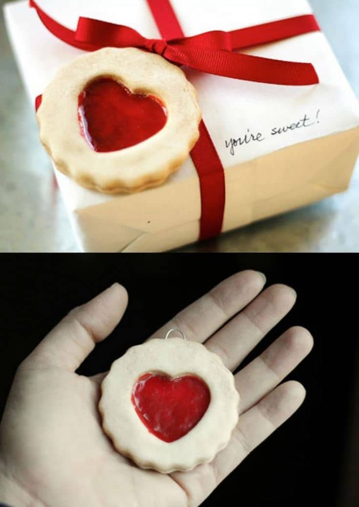 This unique Valentine's Day gift tag looks like a real cookie, but it's really a salt dough ornament with fake Mod Podge Dimensional Magic jelly!