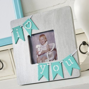 I heart you DIY picture frame