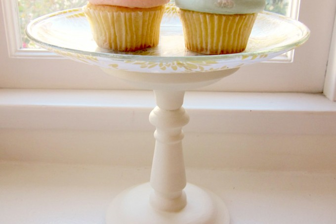 DIY a three dollar cake stand