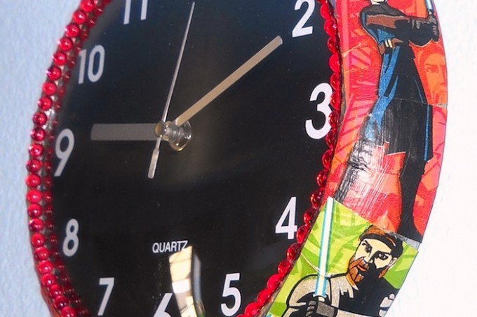 Mod Podge Star Wars clock