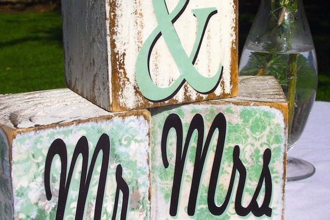 DIY wedding decor: Mr and Mrs blocks
