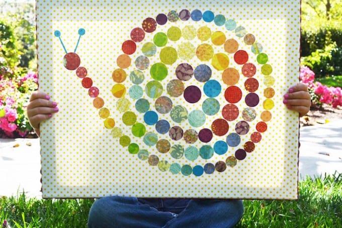 Polka dot snail canvas