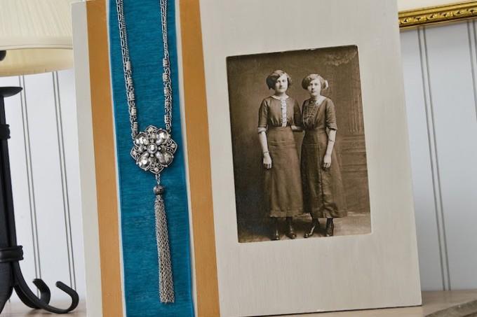 Vintage necklace frame