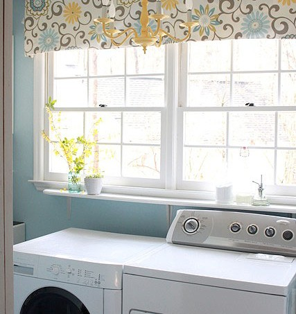 bright_laundry_room_set