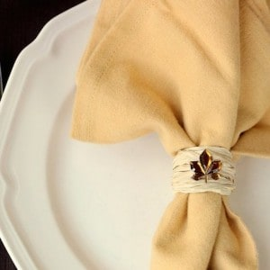 DIY napkin ring for your Thanksgiving table
