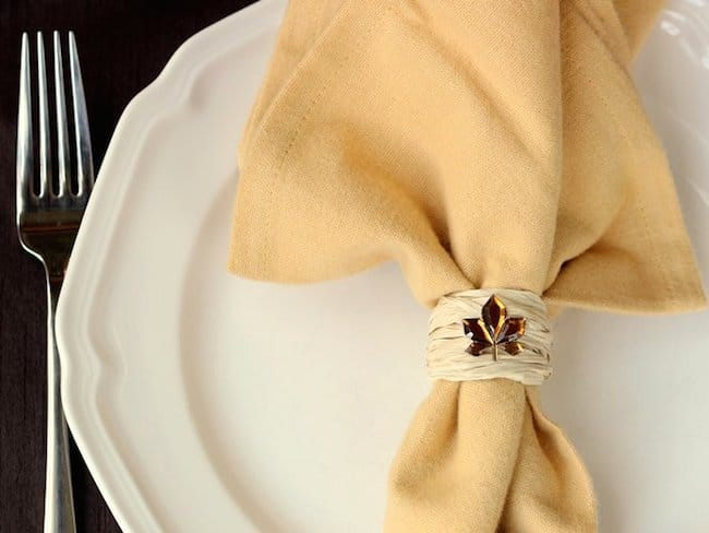 Fall DIY napkin rings using raffia