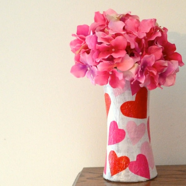 Sparkle Mod Podge is one of my favorite formulas! It really glitters in this DIY valentine vase made with tissue paper - such an easy kids craft!