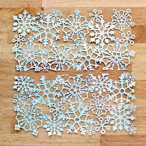 Snowflake craftcute winter votivesMod Podge Rocks