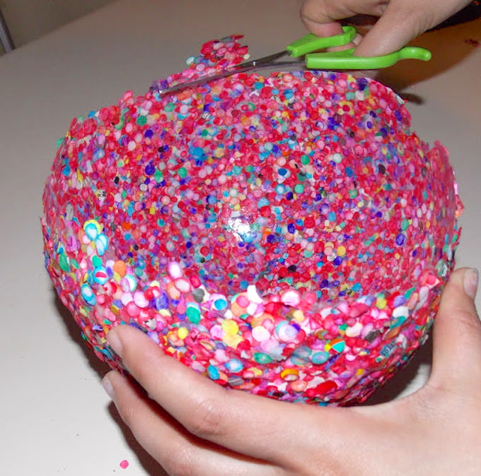 DIY confetti balloon bowl