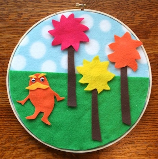 Dr. Seuss craft: Lorax felt storyboard