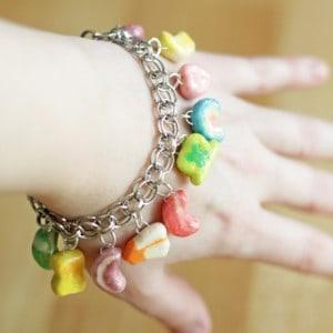 St Patrick craft: Lucky Charms bracelet