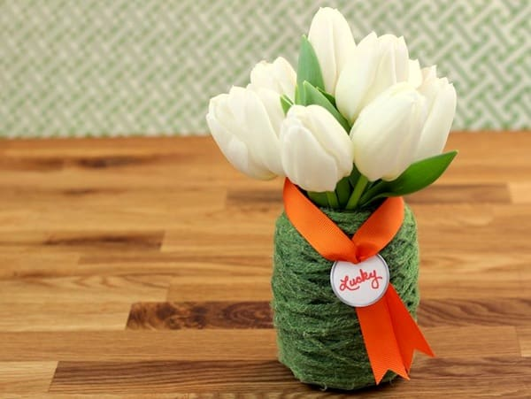 Simple green Mod Podge yarn vase craft
