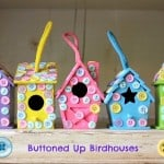 Easy kids craft: buttoned up birdhouses
