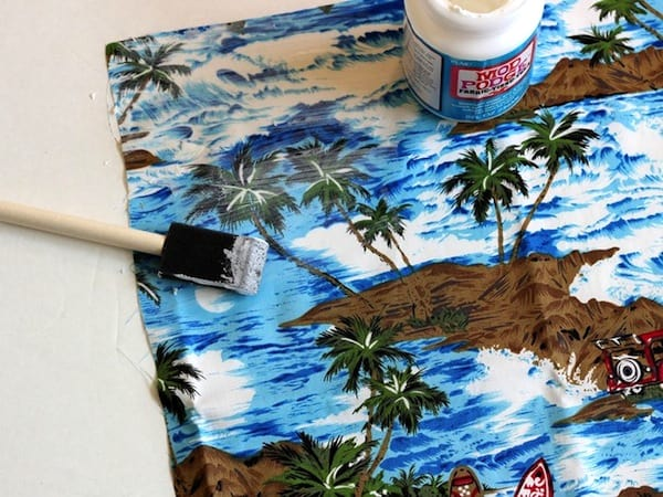 how-to-decoupage-fabric-tote-2