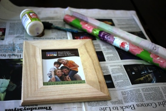 Wrapping paper frame step 1