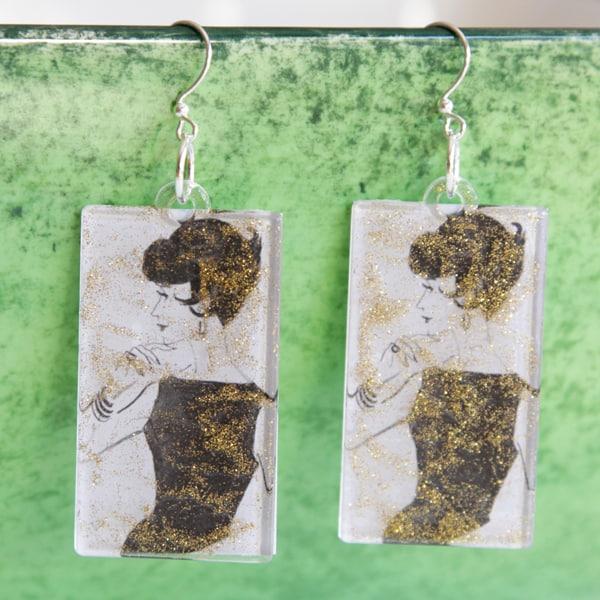 Make vintage inspired DIY earrings using Mod Podge acrylic shapes