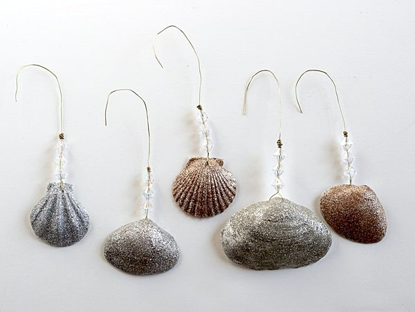 DIY Christmas ornaments - easy glittery shells