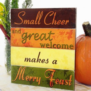 DIY Thanksgiving Sign Makes for a Merry Feast