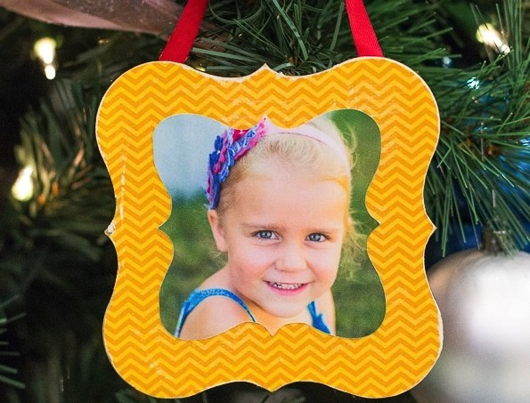 DIY Mod Podge framed ornament