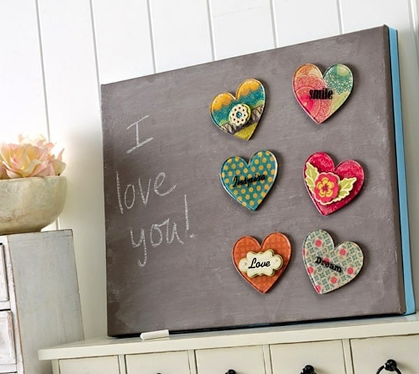 DIY heart chalkboard with Podgeable magnets