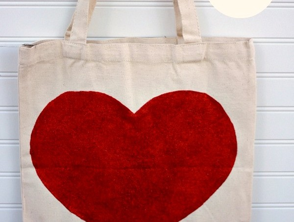 DIY glitter heart tote with Mod Poge
