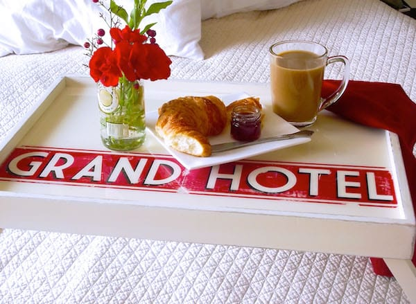 Breakfast-in-Bed-Tray