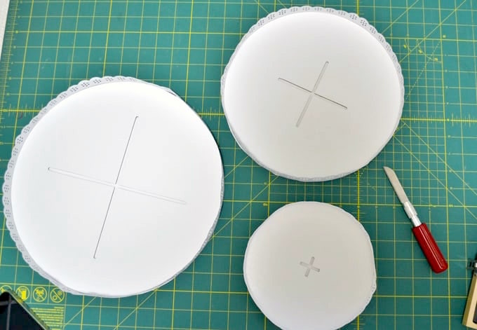 cake stand with the pieces separated
