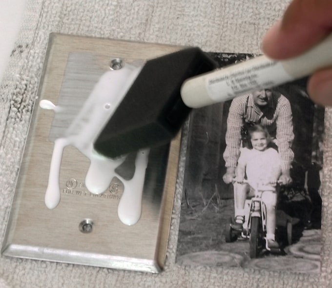 Mod-Podge-Photos-in-Place