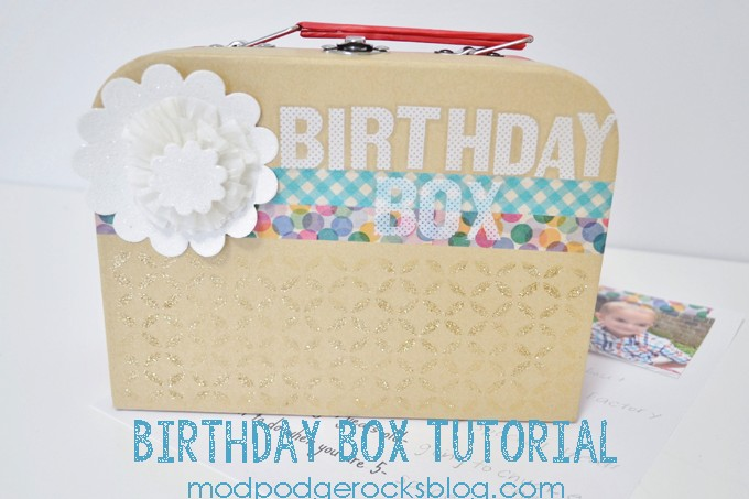 How to decoupage a glitter birthday box