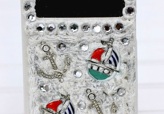 Decoden buried treasure cell phone case