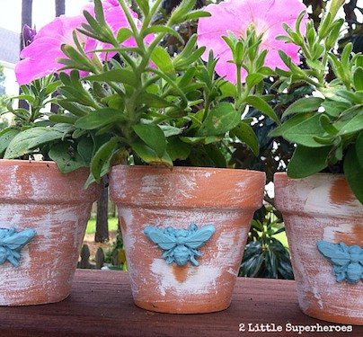distressed-clay-pots