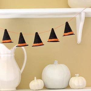 DIY Halloween witch hat garland
