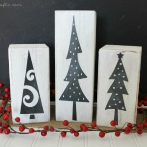 Christmas chalkboard tree display