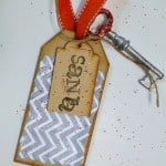 How to make a magic Santa door key for those without a chimney. The kids will love having something to leave for Santa so he can come in the front door.
