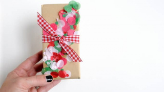 DIY Confetti Christmas Gift Wrap the Easy Way