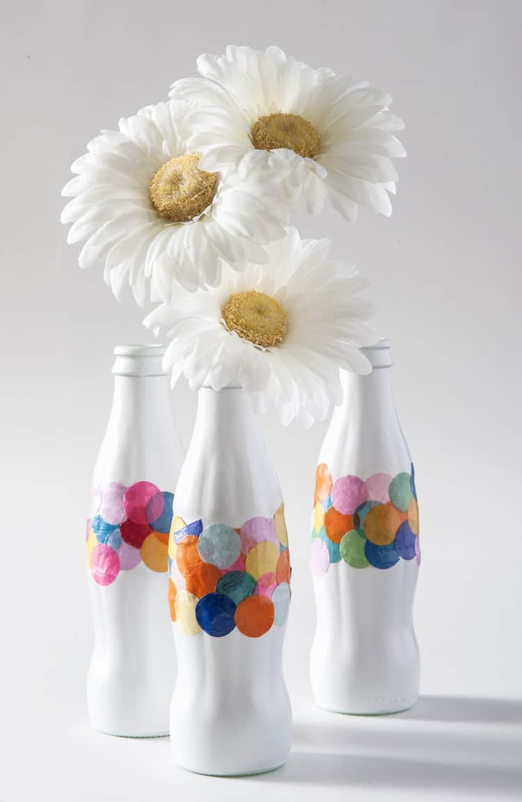 DIY confetti vases made from bottles - Mod Podge Rocks