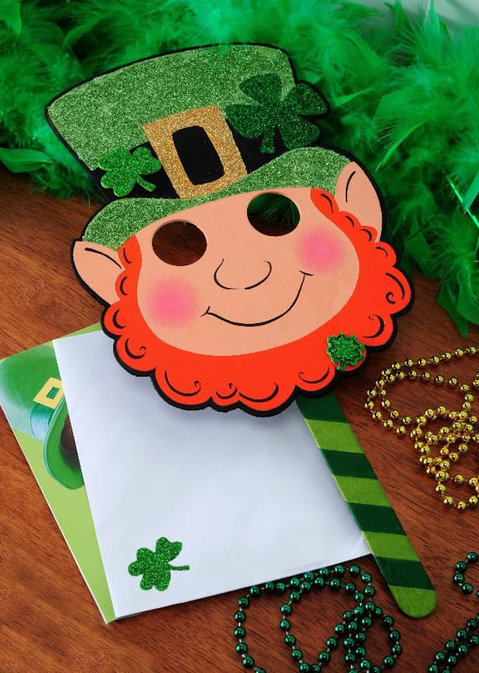 DIY Leprechaun Mask for St. Patrick's Day