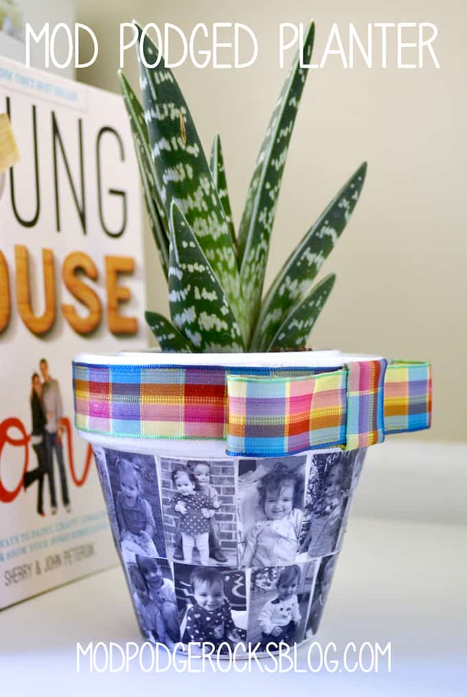 This mod podge diy flower pot is a great mothers day gift for moms and grandparents