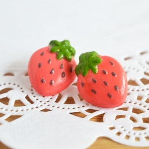 Fun and flirty strawberry handmade earri...