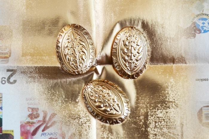medallion-embellished-sandal-4