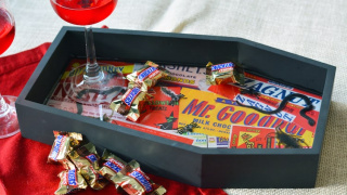 Creepy Crawly DIY Halloween Coffin Tray