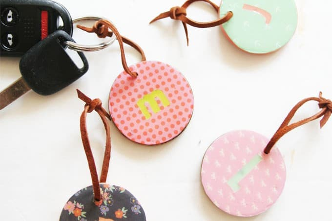 Learn how to make little personalized key chains that can be put on keys, a backpack or lunch box. You'll use Dimensional Magic to add shine!